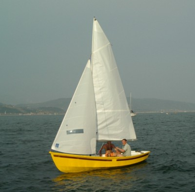 http://boatplans.ru/media/plans/dix/Argie-15/photo_nautiket3_sail.jpg